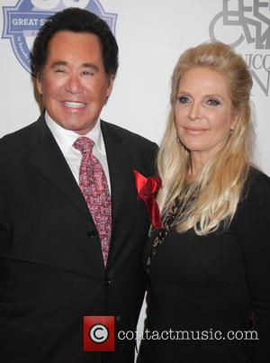 Wayne Newton , Kathleen Newton - 30th Annual Great Sports Legends Dinner to benefit The Buoniconti Fund to Cure Paralysis...