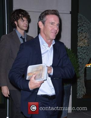 Dennis Quaid - Dennis Quaid leaves the Crosby Street Hotel holding a takeout container full of bread - Manhattan, New...