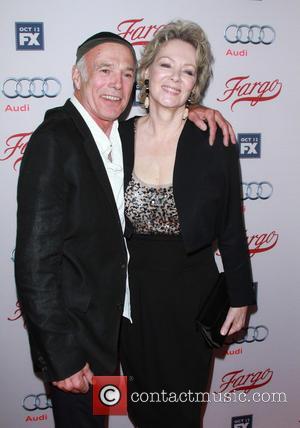 Michael Hogan and Jean Smart