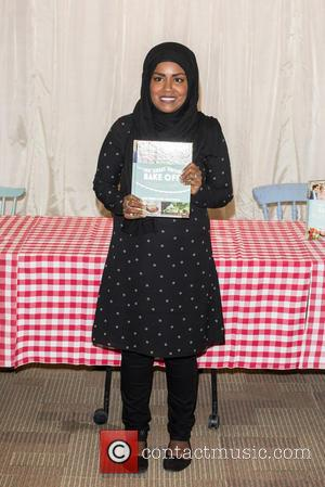 Nadiya Hussain - Great British Bake off photocall held at Waterstones Piccadilly. - London, United Kingdom - Thursday 8th October...