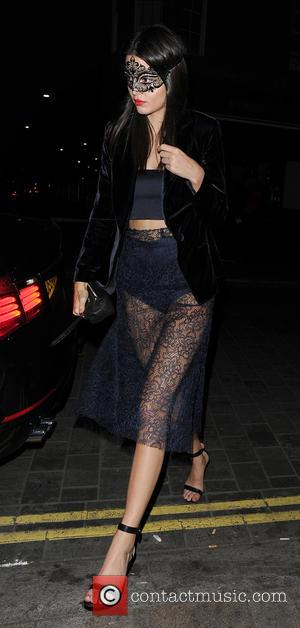 Kendall Jenner - Cara Delevingne, Poppy Delevingne and Kendall Jenner leaving their hotel wearing masquerade party masks to attend Eva...