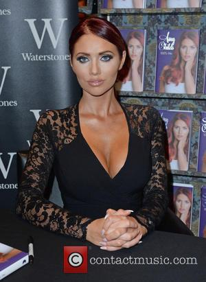 Amy Childs - Amy Childs signs copies of her new book '100% Me' at Waterstones in Manchester - Manchester, United...