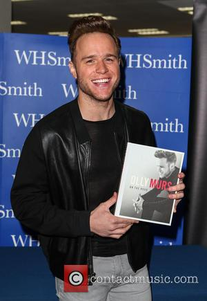 Olly Murs - Olly Murs signs copies of his new book 'On the Road' at WHSmith - Milton Keynes, United...