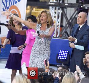 Hoda Kotb - Selena Gomez On NBC Today Show at Rockefeller Center - New York, New York, United States -...
