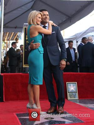 Kelly Ripa , Mark Consuelos - Kelly Ripa honored with star on the Hollywood Walk Of Fame at The Hollywood...