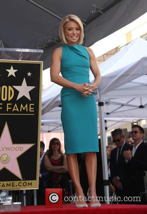 Kelly Ripa - Kelly Ripa honored with star on the Hollywood Walk Of Fame at The Hollywood Walk Of Fame,...