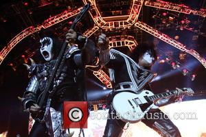 Kiss, Gene Simmons and Tommy Thayer