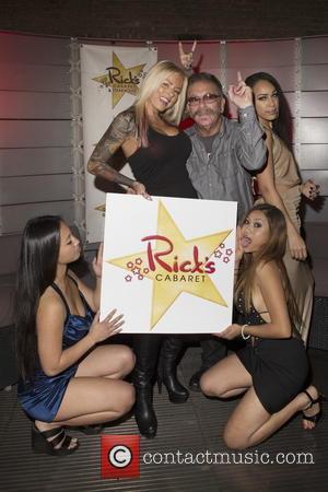 Cabaret, Jade, Britney Shannon, Ronnie Mund, Raven, Ada and Howard Stern