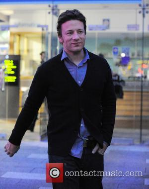 Jamie Oliver's Home Targeted By Thieves
