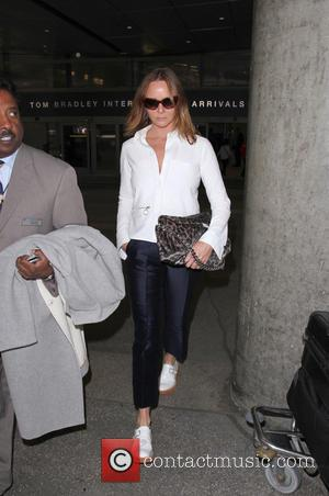 Stella McCartney - Stella McCartney arrives at Los Angeles International Airport (LAX) - Los Angeles, California, United States - Thursday...