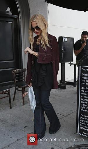 Rachel Zoe - Rachel Zoe arrives at Craig's restaurant with her son - Los Angeles, California, United States - Thursday...