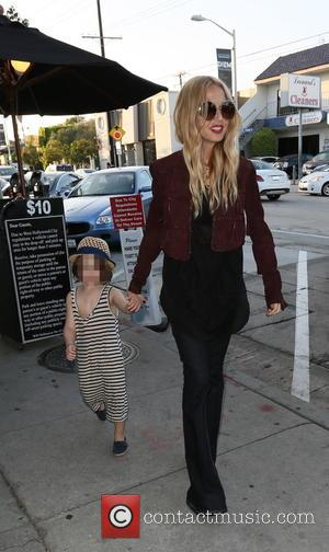 Rachel Zoe , Skyler Morrison Berman - Rachel Zoe arrives at Craig's restaurant with her son - Los Angeles, California,...