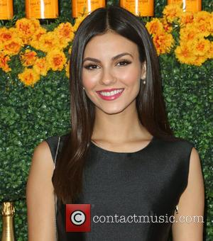 Victoria Justice - 6th Annual Veuve Clicquot Polo Classic Los Angeles at Will Rogers State Historic Park at Will Rogers...