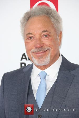 Tom Jones Clarifies Controversial Comments On Homosexuality