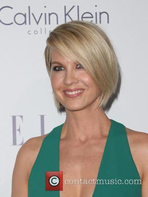 Jenna Elfman - 22nd Annual ELLE Women in Hollywood Awards - Arrivals at Four Seasons Hotel Los Angeles at Beverly...