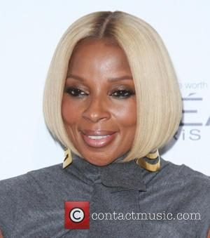 Mary J. Blige - Elle Women in Hollywood Awards 22nd Annual Celebration held at the Four Seasons Hotel Beverly Hills...