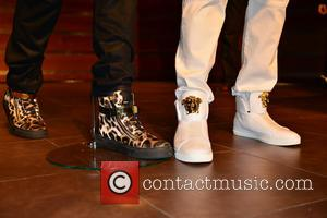 Flo Rida (shoes detail) - Flo Rida at a press conference introducing the 2015 Seminole Hard Rock Winterfest Boat Parade...