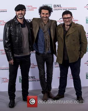 Eric Cantona, Laurent Laffargue and Sergi Lopez