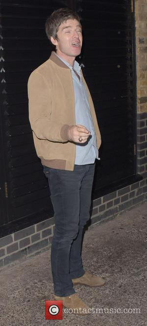 Noel Gallagher - Noel Gallagher and Mark Robson leave Chiltern Firehouse at 3.30am - London, United Kingdom - Tuesday 20th...
