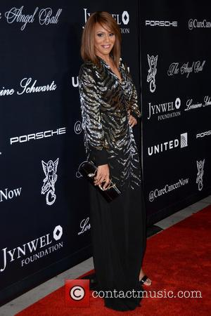 Deborah Cox - 2015 Angel Ball - Red Carpet Arrivals - Manhattan, New York, United States - Tuesday 20th October...