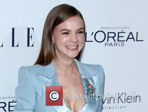 Carey Mulligan - Elle Women in Hollywood Awards 22nd Annual Celebration held at the Four Seasons Hotel Beverly Hills -...