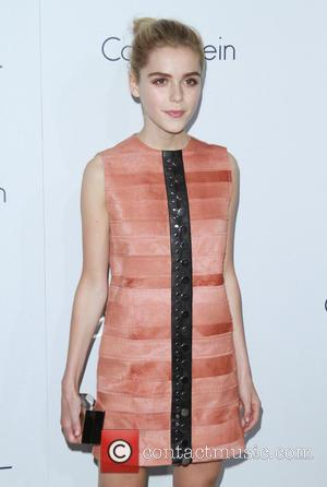 Kiernan Shipka - Elle Women in Hollywood Awards 22nd Annual Celebration held at the Four Seasons Hotel Beverly Hills -...