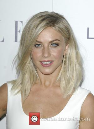 Julianne Hough - The 22nd Annual Elle Women in Hollywood - Los Angeles, California, United States - Tuesday 20th October...