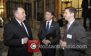 Alex Salmond, Matthew Barzun and Pink
