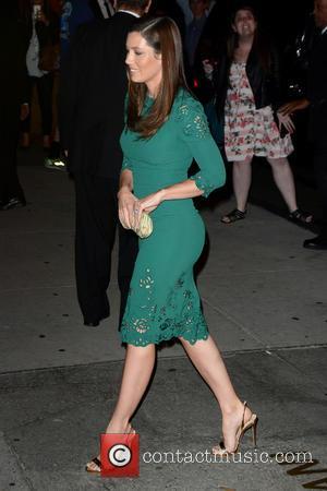 Jessica Biel - 2015 Fashion Group International Night Of Stars - Outside Arrivals - Manhattan, New York, United States -...