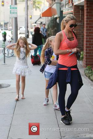 Alex Gerrard , Lexie Gerrard - Alex Gerrard and her daughters Lexie and Lilly Ella get their nails done together...
