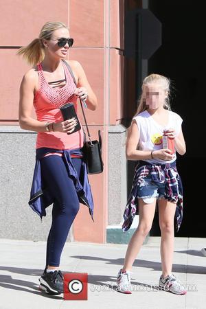 Alex Gerrard, Lilly Ella Gerrard , Lexie Gerrard - Alex Gerrard and her daughters Lexie and Lilly Ella get their...