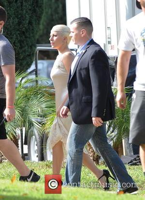 Lady Gaga - Lady Gaga spotted on the set of