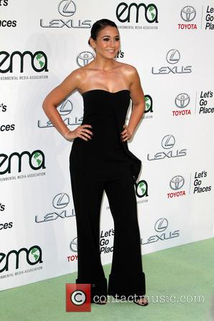 Emmanuelle Chriqui - 25th annual Environmental Media Awards at Warner Brother Studios Lot - Arrivals at Warner Bros. Studios -...
