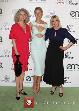 Gwyneth Paltrow, Blythe Danner , Guest - 25th annual Environmental Media Awards at Warner Brother Studios Lot - Arrivals at...