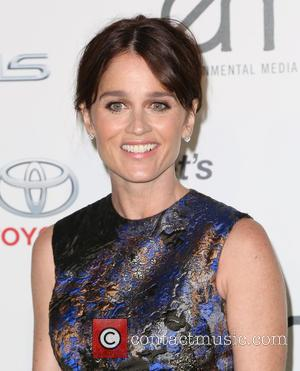 Robin Tunney - Celebrities attend 25th annual Environmental Media Awards at Warner Brother Studios Lot. at Warner Brother Studios Lot...