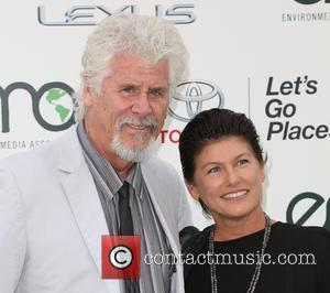 Barry Bostwick , Sherri Jensen - Celebrities attend 25th annual Environmental Media Awards at Warner Brother Studios Lot. at Warner...