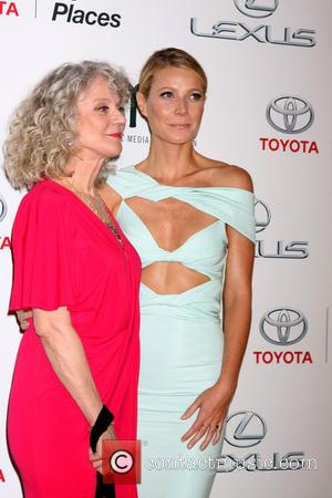 Blythe Danner , Gwyneth Paltrow - 25th annual Environmental Media Awards at Warner Brother Studios Lot - Arrivals at Warner...