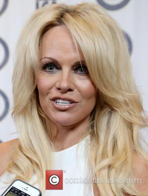 Pamela Anderson - Last Chance for Animals (LCA) Annual Benefit Gala - Arrivals at Beverly Hilton Hotel - Beverly Hills,...