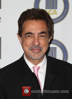 Joe Mantegna - Last Chance for Animals (LCA) Annual Benefit Gala - Arrivals at Beverly Hilton Hotel - Beverly Hills,...
