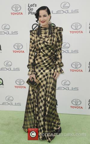 Dita Von Teese - 25th annual Environmental Media Awards at Warner Brother Studios Lot - Arrivals - Los Angeles, California,...