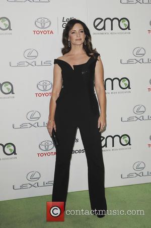 Kristin Davis - 25th annual Environmental Media Awards at Warner Brother Studios Lot - Arrivals - Los Angeles, California, United...