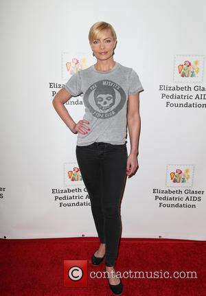 Jaime Pressly - The Elizabeth Glaser Pediatric AIDS Foundation 26th Annual Time For Heroes Family Festival - Arrivals at Smashbox...