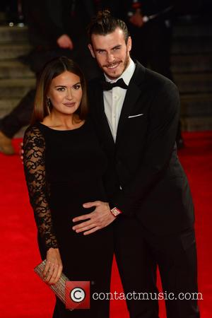 Gareth Bale , Emma Rhys-Jones - Royal film performance of 'Spectre' at Royal Albert Hall - Red Carpet Arrivals at...