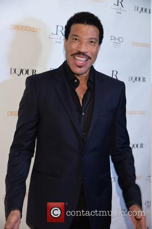 Lionel Richie: 'My Juicy Book Has To Wait Until A Few People Die'