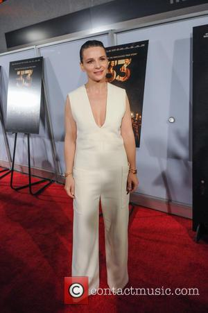 Juliette Binoche - Washington DC premiere of 'The 33' at the Newseum - Red Carpet Arrivals - Washington, District Of...