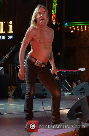 Iggy Pop Goes Nude For Art