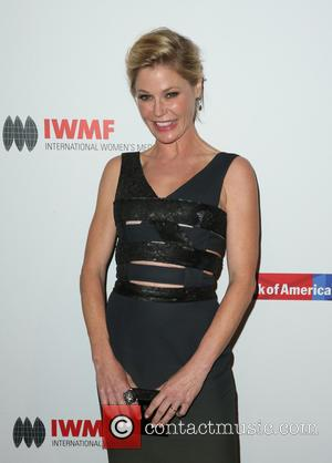 Julie Bowen - International Women's Media Foundation Courage Awards at the Beverly Wilshire Four Seasons Hotel - Beverly Hills, California,...