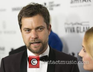 Joshua Jackson Making Off Broadway Debut