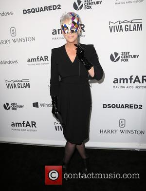 Jamie Lee Curtis - Celebrities attend 2015 amfAR's Inspiration Gala Los Angeles at Milk Studios. at Milk Studios - Los...