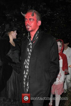 Simon Pegg - Celebrities attend the annual Jonathan Ross Halloween Party, held at his home in Hampstead - London, United...